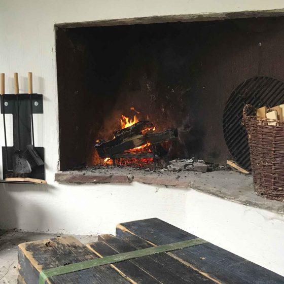 Kaminfeuer im Aussenbereich am Freisitz im Hanfbachtal